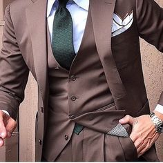 Succes is a choice #class #menstyle #sfs #mensfashion#fashion #mensuits #featuremenow #menstuff #suitedup #suitandtie #inspiration #love #menswear #mensoutfit #great #look #dapper #brave #fashionformen #classy  #suits  #instafashion #inspireothers #gq #weekend #art #elegance #bespoke #succes