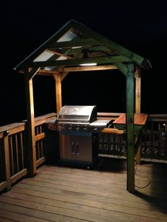 Would you like to properly light your gazebo but don't know how? Check out my extensive list of gazebo lighting ideas to help you get inspired! Outdoor Kitchen Countertops, Outdoor Kitchen Bars, Outdoor Kitchen Design, Outdoor Kitchens, Granite Countertops, Barbecue Gazebo, Grill Gazebo, Grill Hut, Outdoor Barbeque