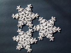 FREE SHIPPING; Crochet snowflake; Set of 6 crochet snowflakes / appliques; Verlen crochet; Crochet decoration; Christmas decoration