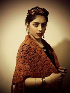 Up Hairstyles, Crochet Top, Acting, Make Up, Facebook, Women, Fashion, Frida Khalo, Moda