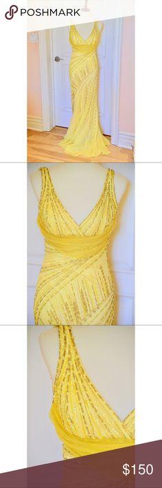 Beautiful Yellow Formal Dress Very Elegant NWOT Dresses