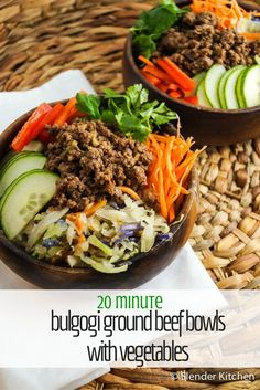 In about twenty minutes, this quick and easy Korean Bulgogi Ground Beef Bowl Served over a bowl of cauliflower rice with lots of fresh, crunchy vegetables. One of the best known dishes in Korea for a (Paleo Recipes Ground Beef) Clean Eating, Healthy Eating, Eating Light, Low Carb Meal, Keto Meal, Low Carb Recipes, Healthy Recipes, Yummy Recipes, Fast Recipes