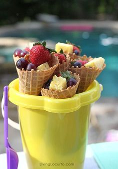 Pool Party Ideas! Party food. Fruit in ice cream cones. Fun Food & Party Printables by Amy Locurto LivingLocurto.com #fruit #desserts #partyideas #poolparty Pool Party Snacks, Pool Party Kids, Summer Snacks, Summer Parties, Summer Recipes, Party Games, Summer Pool, Pool Fun, Summer Treats