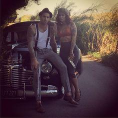 #BehindTheScenes Tattooed Bonnie & Clyde With @legacyphotography1  Model: @bodhisattva_king  Car: @floridahotrods  Mua: @esco_art  Guns: @gorilla_customs #bonnieandclyde #tattooedbonnieandclyde #InkedBonnieAndClyde