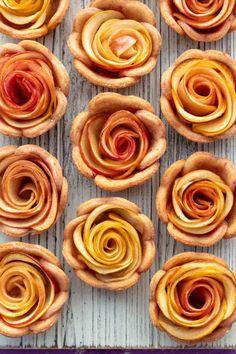 Vegan Party Food, Vegan Snacks, Vegan Desserts, Dessert Recipes, Mini Apple, Apple Pies, Vegan Breakfast Recipes, Delicious Vegan Recipes, Apple Pie Ingredients