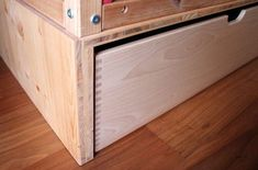Ikea-kura-hack-podest-for-ikea-kura-bed-detail1