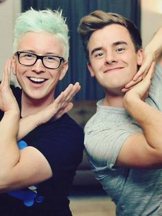 This has got to be the cutest picture of Tyler Oakley and Conner Franta.