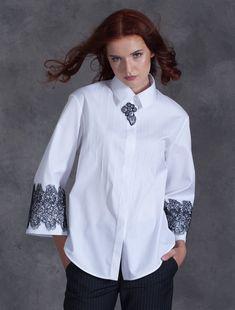 White Fashion, Diy Fashion, Womens Fashion, Fashion Design, White Shirts Women, Shirt Refashion, Corsage, Fashion Details, Blouse Designs