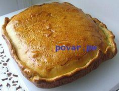 Пирог с курицей и картошкой  Необходимые ингредиенты для начинки: куриная голень – пять штук; картофель – семь средних штук; репчатый лук – две головки; зелень – по желанию; соль, перец или другие специи – по вкусу; морковь – две штуки; яйцо для обмазывания. Картофель, репчатый лук и морковь необходимо очистить от кожуры и порезать мелкими кубиками. Куриную голень следует помыть и очистить от кожицы. Все ингредиенты требуется посолить, поперчить и при необходимости добавить к ним зелень…