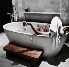 Relax and warm up after long cold week with a soothing bath and a hot water bottle Photographie Art Corps, Shotting Photo, Black N White, Charcoal Black, Spa Day, Bath Time, Jacuzzi, Sweet Home, In This Moment