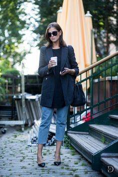 Layer a longline blazer over a tunic of a similar length. Toss on a pair of cropped jeans and heels to complete the casual yet office-appropriate outfit.     - ELLE.com