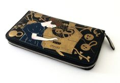 "Portafogli dipinto a mano -hand painted wallet -""The Music"" by Klimt- ""La Musica"" di klimt- www.artelisanti.com   #ArteLisanti #MadeinItaly #GenuineLeather #VeraPelle #wallets #portafogli #handpaintedwallets #portafoglidipintiamano #fashion #style #stylish #beautiful #pretty #girl #girls #design #model #shopping #glam #ThePaintingToWear #Klimt #TheMusic #LaMusica"