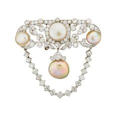NATURAL PEARL, DIAMOND & PLATINUM EDWARDIAN BROOCH