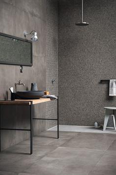 Wand- und Bodenbelag aus Ganzkörper Feinsteinzeug mit Beton-Effekt POWDER by MARAZZI Design Marazzi