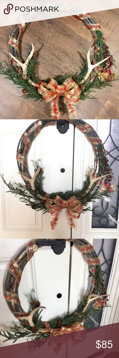 Antler Lariat Christmas wreath This is a gorgeous double antler Lariat Christmas wreath! It is made with real shed antlers. I'll measure if you need it. Open to reasonable offers. Other