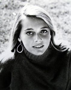 """Peggy Lipton (1965), actress renowned for role in """"Mod Squad""""---and is mother to Rashida Jones, actress on """"The Office"""" and """"Parks and Recreation"""""""