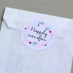 etiquettes autocollantes rondes happily ever after couronne de fleurs x12 stickers mariage - Tiquettes Autocollantes Mariage