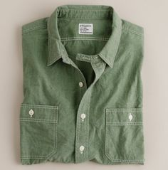 Green Chambray Shirt l-h-gents Tomboy Fashion, Fashion Outfits, Men Fashion, Cool Outfits, Casual Outfits, Casual Clothes, Sharp Dressed Man, Crew Shirt, Work Shirts