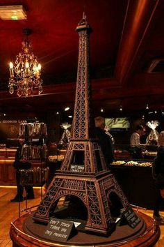 Chocolate Eiffel Tower: my two loves, chocolate and Paris! Chocolate Dreams, Chocolate Delight, I Love Chocolate, Chocolate Heaven, Chocolate Art, Chocolate Lovers, Chocolate Desserts, Decadent Chocolate, Chocolates