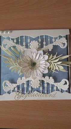 T T edges flowers Fancy Fold Cards, Folded Cards, Tarjetas Stampin Up, Scrapbook Cards, Scrapbooking, Patchwork Cards, Marianne Design Cards, Spellbinders Cards, Step Cards