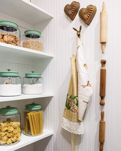 This Gorgeous Pantry is Straight Out of Our Organization Dreams - Cottage Journal Pantry Organization, Organized Pantry, Shabby Chic Cottage, Cottage Style, Spode Woodland, Vintage Cake Plates, Bread Tin, Glass Canisters, Nook And Cranny