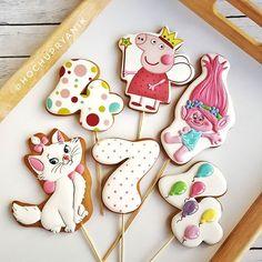 gingerbread decoration gingerbread decoration biscuits lol degradante toppers in cake girlпряник украшение пряников украшение печенья лол деньрожденье топперы в торт девочке