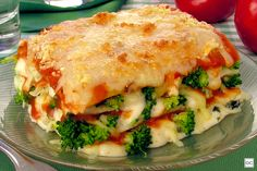 Lasanha de brócolis e queijo Go Veggie, Veggie Recipes, Vegetarian Recipes, Cooking Recipes, Healthy Recipes, After Workout Food, Confort Food, Vegan Foods, Going Vegan