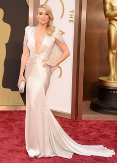 white shimmering Atelier #Versace #dress :: Kate Hudson at the Oscars 2014