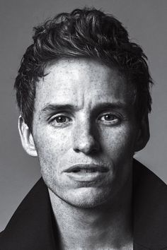 New DVD and Blu-ray releases for movies with Eddie Redmayne. Also the latest DVD release dates with movie stats, cast, movie posters and trailers Eddie Redmayne Fantastic Beasts, Shadow Face, Portrait Photography Men, Simple Portrait, Model Face, Sad Faces, Celebrity Portraits, Black And White Portraits, Music Film
