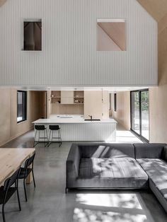 Grand Pic Chalet, a minimalist house by Apparel Architecture - via Mur-Beton Design blog
