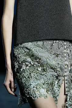 Mary Katrantzou Spring 2015 Ready-to-Wear - Details - Gallery - Look 13 - Style.com