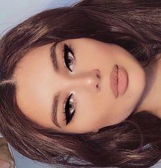 soft glam braut augen make up look # braut make up # braut make up . makeup glam soft glam braut augen make up look # braut make up # braut make up . Makeup Black, Glam Makeup Look, Purple Makeup, Dark Makeup, Natural Makeup, Gorgeous Makeup, Retro Makeup, Pretty Makeup Looks, Natural Facial