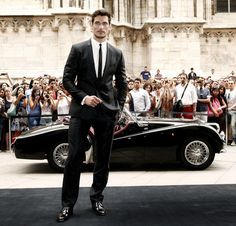 "David Gandy Photos - Dolce and Gabbana model David Gandy launches the new fragrance ""Light Blue"" in Milan. - David Gandy in Milan"