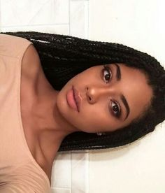 Braids make hair grow. So we think it's thanks to the braids! Certainly the protective hairstyles of this type allow our… Continue Reading → My Hairstyle, Box Braids Hairstyles, Protective Hairstyles, Do It Yourself Nails, Curly Hair Styles, Natural Hair Styles, Box Braids Styling, African Braids, Afro Braids