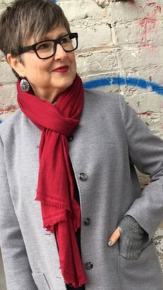 5 Lightening and Brightening Tips to Share with Your Winter Wardrobe - Brenda Kinsel Over 60 Fashion, Over 50 Womens Fashion, 50 Fashion, Autumn Fashion, Fashion Outfits, Fashion Trends, Ladies Fashion, Fashion Styles, Fashion Clothes