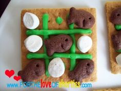 Tic-Snackattack-toe... fun snack time idea from fortheloveofshorties