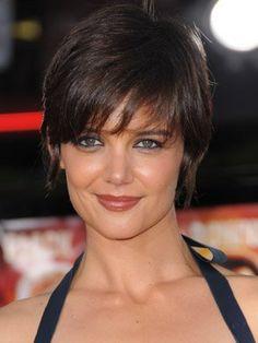 photo-coiffure-cheveux-coupe-cheveux-court-femme-2012-visage-rond-2.jpg 306×408 pixels