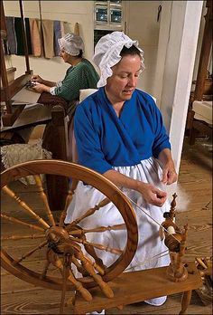 They apparently do demonstrations of traditional dyeing at Colonial Williamsburg...