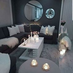 Decorate your living room with these 14 inspiring wall ideas - Block S . - Decorate your living room with these 14 inspiring wall ideas – Block Shades - Living Room Decor Cozy, Living Room Interior, Home Living Room, Living Room Designs, Classy Living Room, Decor Room, Room Decorations, Lights For Living Room, Living Room Wall Ideas