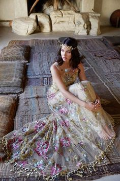 Colourful bohemian wedding dress by Claire PettiboneYou can find Claire pettibone and more on our website.Colourful bohemian wedding dress by Claire Pettibone Claire Pettibone, Bodas Boho Chic, Boho Wedding Dress Bohemian, Bohemian Weddings, Hippy Wedding Dresses, Gypsy Wedding Gowns, Boho Bride, Gown Wedding, Romantic Weddings