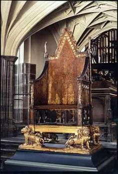 The Throne of England is the English term used to identify the throne of the King of England. The term can refer to very specific seating, as in King Edward's Chair, which has been used in the coronations of British monarchs for eight centuries. Tudor History, British History, Asian History, Ancient History, Elizabeth Ii, Highlands, Westminster Abbey, Westminster Cathedral, Casa Real