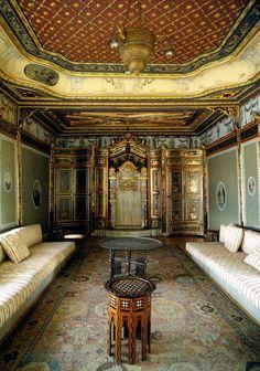 Unique Ottoman Styling – Ottoman On Pin Interior Room Decoration, Interior Design Living Room, Home Decor, Turkish Fashion, Turkish Style, Turkish Design, Living Room Ornaments, Turkish Decor, Small Hall
