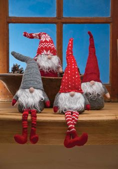 Nisse(in Norway & Denmark), Tomtar (in Sweden) or Tonttu (in Finnish) are the elves of folklore that Scandinavians have loved for generations. Yours will bring your family good fortune in the coming year if you remember him with a Christmas Eve treat. Swedish Christmas, Christmas Gnome, Scandinavian Christmas, Christmas Projects, Christmas Holidays, Christmas Decorations, Christmas Ornaments, Scandinavian Gnomes, Scandinavian Fabric
