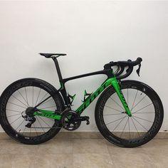 5,698 vind-ik-leuks, 25 reacties - Loves road bikes (@loves_road_bikes) op Instagram: ' Scott Foil RC 2017  @yiyobarona #lovesroadbikes #scott #scottfoilrc #r9100 #duraace9100…'