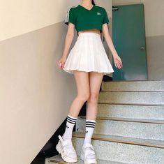 Korean Girl Fashion, Ulzzang Fashion, Kpop Fashion Outfits, Korean Outfits, Cute Skirt Outfits, Girly Outfits, Cute Casual Outfits, Pretty Outfits, Kawaii Fashion