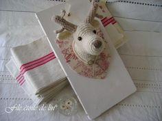 Cute Deer. Crochet Deer, Diy Crochet, Crochet Crafts, Crochet Toys, Crochet Things, Knitting Projects, Crochet Projects, Sewing Projects, Confection Au Crochet