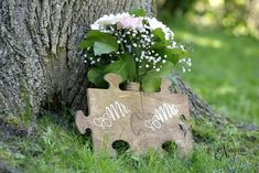 Custom wedding puzzle pieces at Elope Niagara Wedding Chalkboards, Chalkboard Wedding, Niagara Falls Wedding, Chapel Wedding, Puzzle Pieces, Fall Wedding, Wedding Photos, Signs, Creative