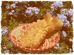 Il coccoetto, tipico pane sardo From Sardinia