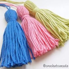 Resin Crafts, Diy Crafts, Crafts For Kids, Crochet Basics, Crochet Scarves, Tassels, Crochet Patterns, Bows, Embroidery