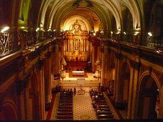アルゼンチン『メトロポリタン大聖堂』 一番古いパイプオルガンがおいてあり、パイプの数はなんと350本。 やりすぎです。